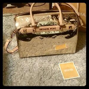 Michael kors,gold brand new purse